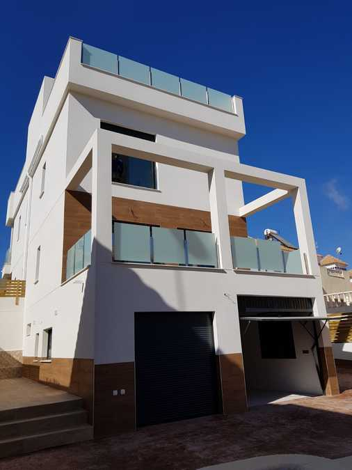 9495-villa-for-sale-in-san-miguel--70502-large