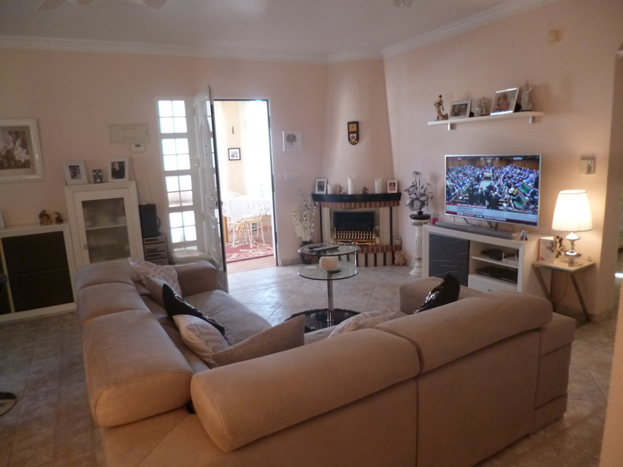 9378-villa-for-sale-in-san-miguel--68649-large