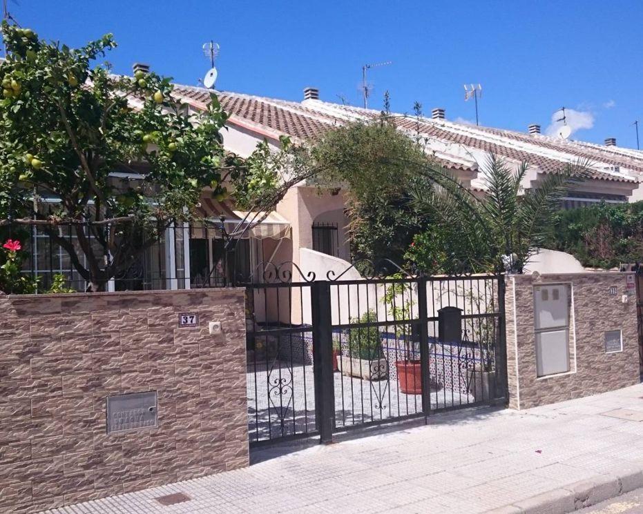 Chalet adosado en Los Alcázares