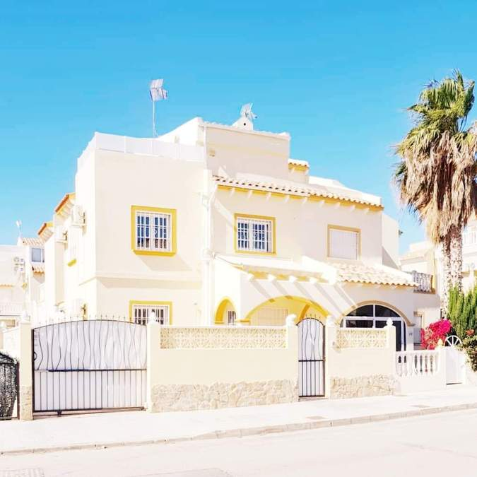 9777-quad_house-for-sale-in-playa-flamenca--75279-large