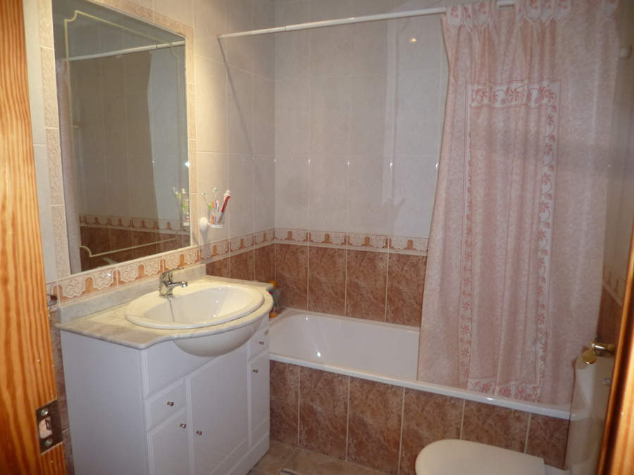 9404-quad_house-for-sale-in-playa-flamenca--69049-large