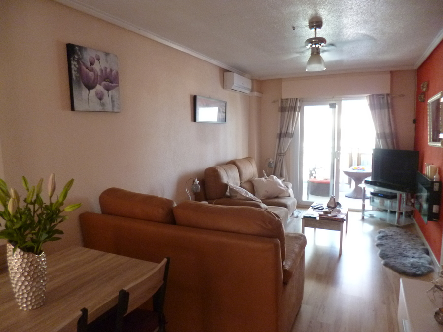 9887-apartment-for-sale-in-torrevieja--77168-large (2)