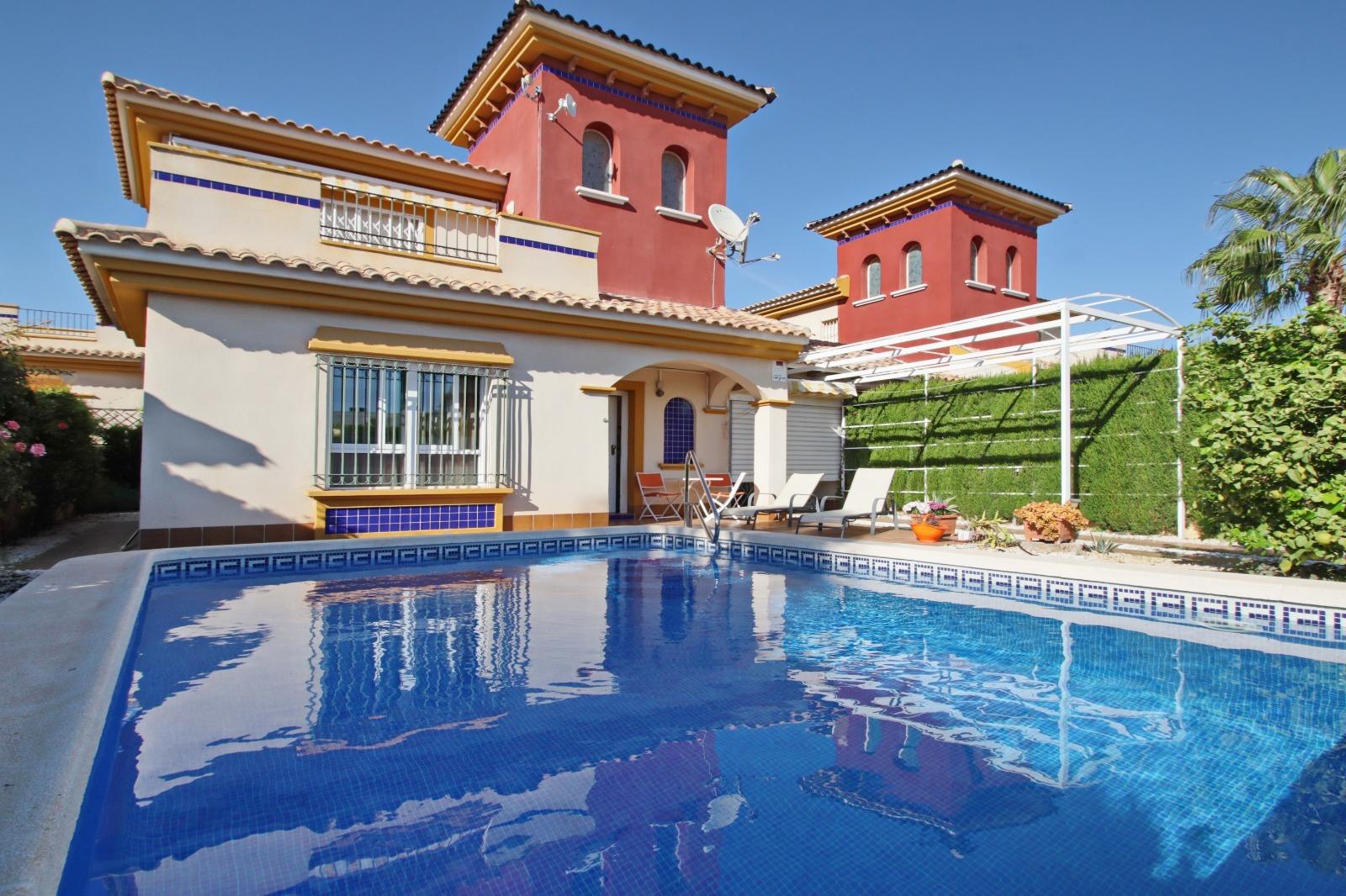 Villa en Lomas de Cabo Roig