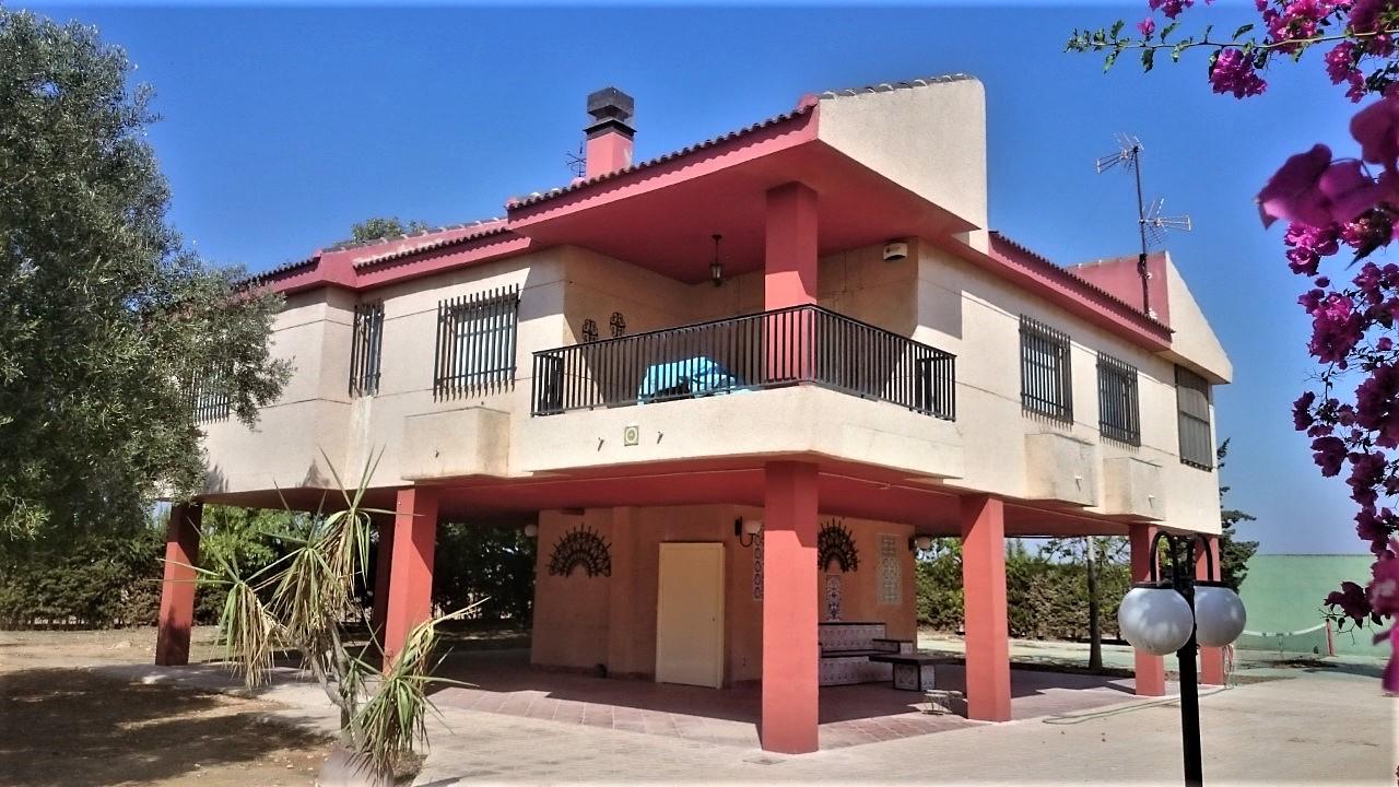 Villa en Los Alcázares