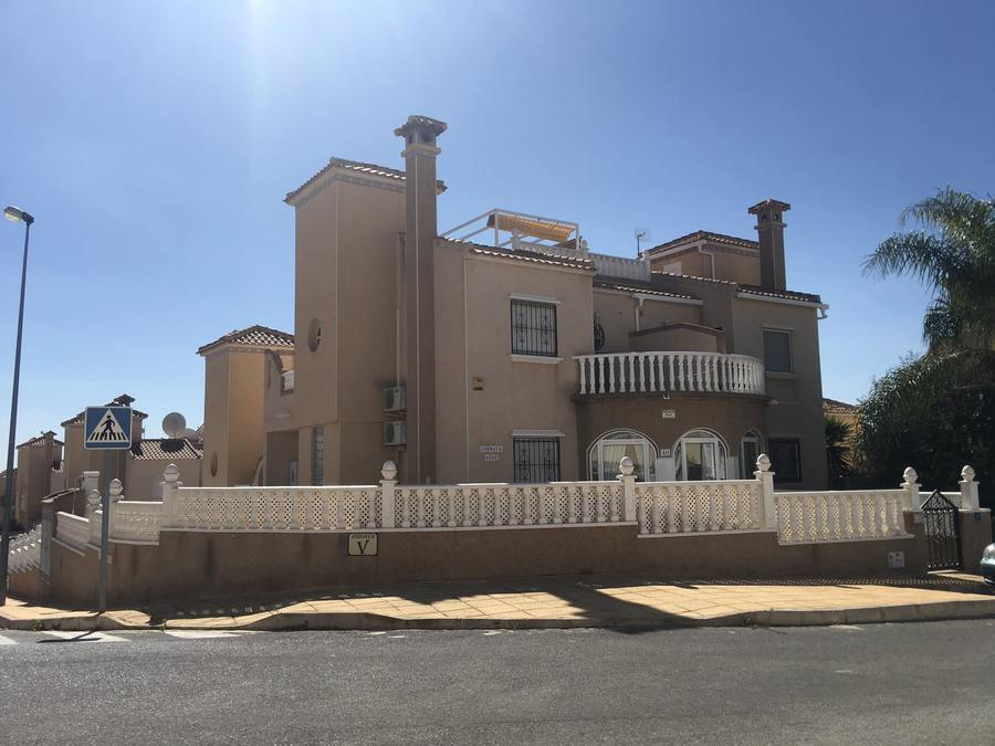 9920-villa-for-sale-in-san-miguel--77786-large